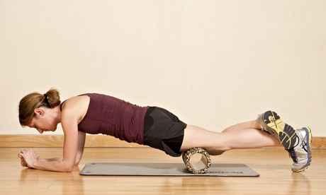 foam roller vasto interno anterior ejercicio