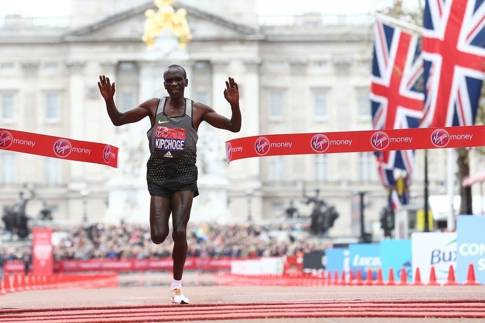 eliud kipchoge segunda maraton