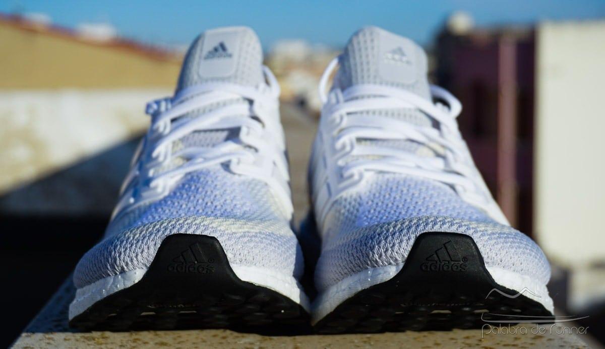 Adidas Ultra Boost 2016 zona delantera