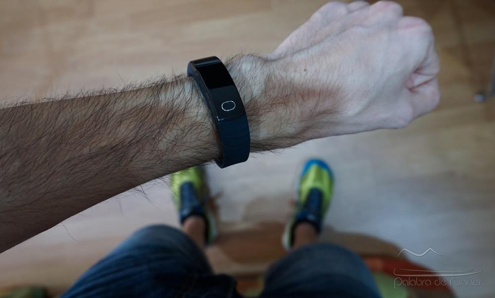 Intex FitRist smartband